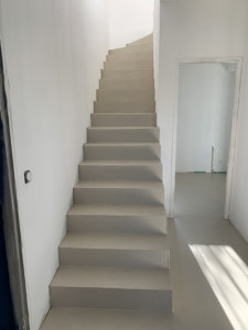Béton résine de sol + escalier couleur wr03