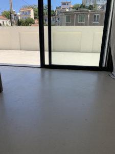Résines de sol intérieur et extérieur de la même teinte